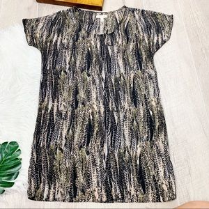 Urban Outfitters Tops - Silence & Noise Short Sleeve Printed Blouse  D1314